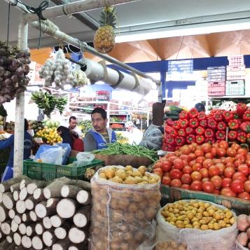 Pasillo frutas Paloquemao
